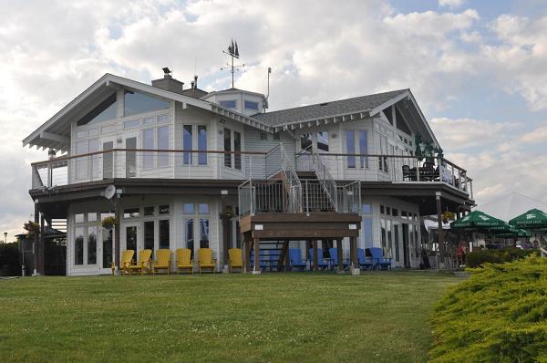 Budynek Port Credit Yacht Club. Ładne miejsce.