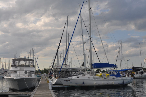 S/Y PASJA w Port Credit Yacht Club, niedaleko od Toronto, ON.